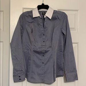 NEW express essentials women's button up medium